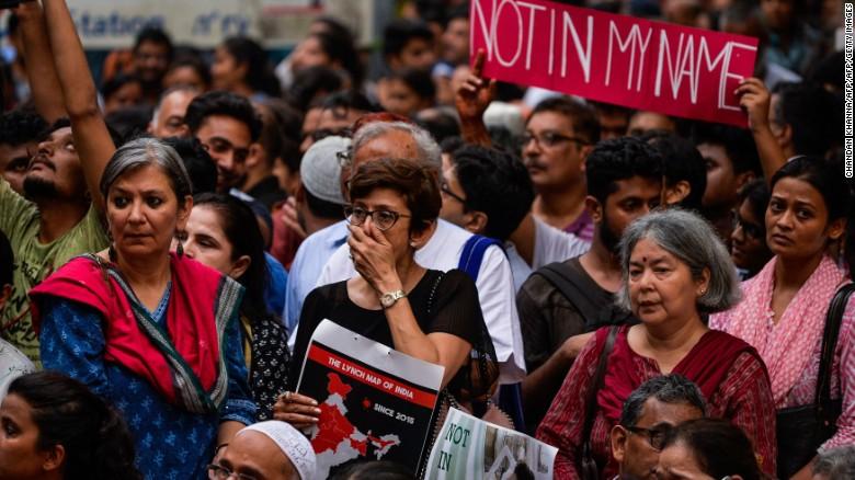170629120156-delhi-protest-2-exlarge-169