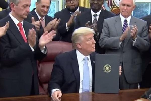 TrumpNationalDayPrayer